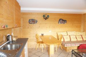 Domaine de La Croix de Javernaz, Apartmány  Villars-sur-Ollon - big - 2