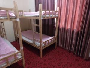 Zhangge Youth Hostel