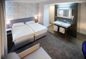 Hotel San Antonio, Hotels  Podstrana - big - 14