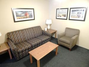 AmericInn Lodge & Suites Sturgeon Bay, Hotel  Sturgeon Bay - big - 21