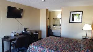 Carefree Inn Flatonia, Motels  Flatonia - big - 10