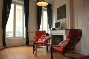 Appart' Sathonay, Apartmanok  Lyon - big - 22