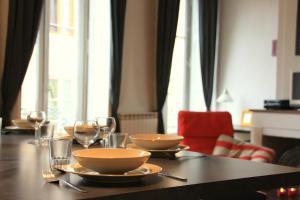 Appart' Sathonay, Apartmanok  Lyon - big - 17