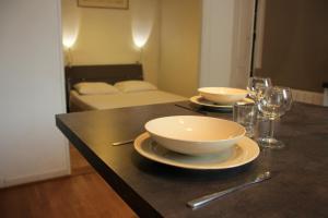 Appart' Sathonay, Apartmanok  Lyon - big - 16
