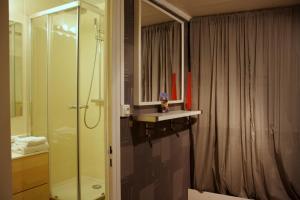 Appart' Sathonay, Apartmanok  Lyon - big - 8
