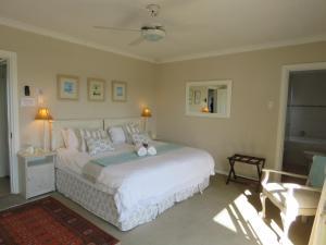 Rom Luxury med king-size-seng eller 2 enkeltsenger og bassengutsikt