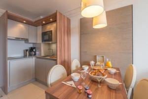 Appart'Hotel Odalys Prestige Eden, Apartmanhotelek  Arc 1800 - big - 16