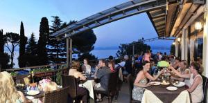 Camping Bella Italia, Villaggi turistici  Peschiera del Garda - big - 59