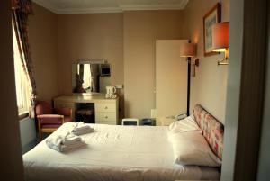 Melbourne-Ardenlea Hotel, Hotely  Shanklin - big - 6