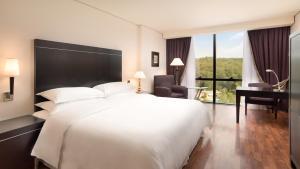 Mak Albania Hotel, Hotels  Tirana - big - 48
