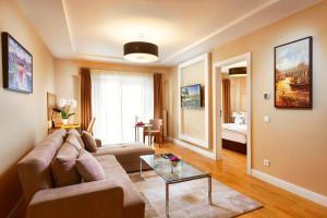 Nidya Hotel Esenyurt, Szállodák  Esenyurt - big - 12