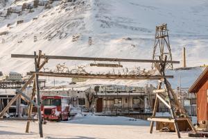 Mary-Ann's Polarrigg, Guest houses  Longyearbyen - big - 1