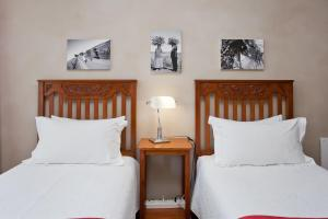 Miles B&B Guest House, Bed & Breakfasts  Oudtshoorn - big - 2