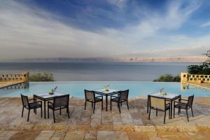 Mövenpick Resort & Spa Dead Sea (23 of 47)