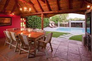 Miles B&B Guest House, Bed & Breakfasts  Oudtshoorn - big - 52