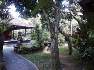 Villa Bhuana Alit, Гостевые дома  Убуд - big - 92