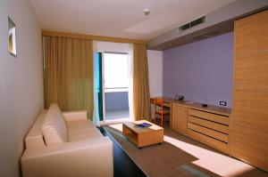 Hotel San Antonio, Hotels  Podstrana - big - 28