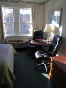 クイーンルーム クイーンベッド2台付 2階