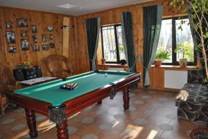Inn Lisova Pisnya, Hotels  Zvinyach - big - 41
