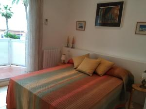 Sitges Seafront Apartment, Apartmány  Sitges - big - 8
