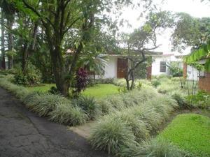 Hotel Villas Colibri, Hotels  Alajuela - big - 4