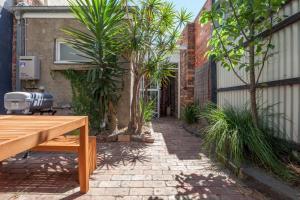 Boutique Stays - Gladstone Cottage, House in South Melbourne, Nyaralók  Melbourne - big - 6