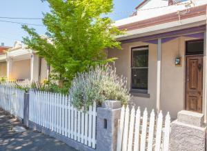 Boutique Stays - Gladstone Cottage, House in South Melbourne, Nyaralók  Melbourne - big - 3