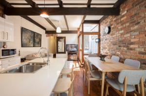 Boutique Stays - Gladstone Cottage, House in South Melbourne, Nyaralók  Melbourne - big - 13