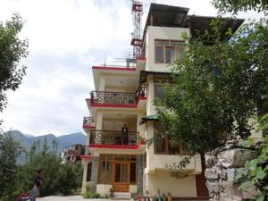 Malis Apple Lodge, Bed and breakfasts  Nagar - big - 11