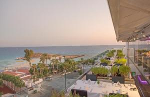 Adams Beach Hotel Deluxe Wing (12 of 45)