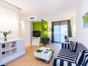Artiem Audax - Adults Only, Hotels  Cala Galdana - big - 19