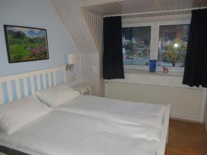 Haus Erika, Bed & Breakfast  Bad Gastein - big - 22