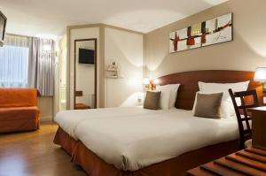Comfort Hotel Cachan Paris Sud, Hotels  Cachan - big - 23