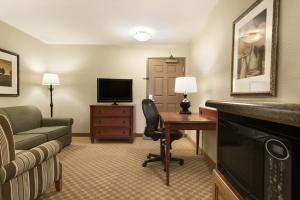 Country Inn & Suites by Radisson, Peoria North, IL, Отели  Peoria - big - 15