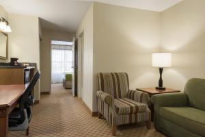 Country Inn & Suites by Radisson, Peoria North, IL, Отели  Peoria - big - 2