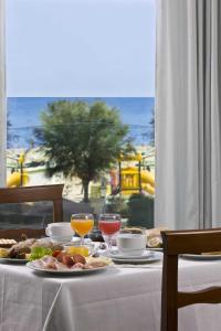 Hotel Acrux, Hotels  Gabicce Mare - big - 25