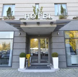 City Park Hotel, Hotels  Skopje - big - 42