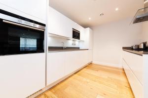Pinnacle Residences - Central Cambridge, Apartmanok  Cambridge - big - 83