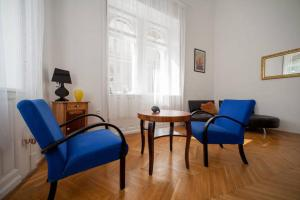 Downtown Parliament view, Apartmanok  Budapest - big - 5