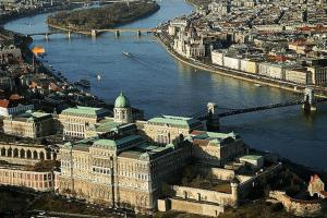 Downtown Parliament view, Apartmanok  Budapest - big - 17