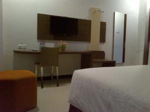 Agung Hotel, Hotel  Kendari - big - 20