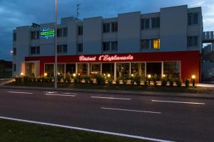 Brit Hotel Toulouse Colomiers – L'Esplanade, Hotely  Colomiers - big - 41