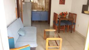 Apartamentos Ocaña, Apartments  Cala de Finestrat - big - 13