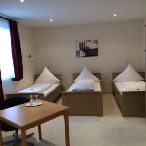 Haus Sonnenschein, Hotels  Monheim - big - 14
