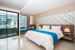 The Phu Beach Hotel, Hotel  Ao Nang Beach - big - 17