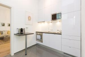 Rafael Kaiser – Budget Design Apartments Vienna, Апартаменты  Вена - big - 51