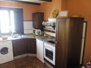 Apartamentos Rurales Casa Pachona, Апартаменты  Пуэрто-де-Вега - big - 27