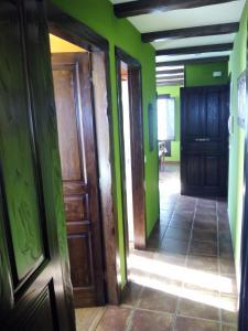 Apartamentos Rurales Casa Pachona, Апартаменты  Пуэрто-де-Вега - big - 47