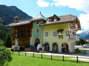 Appartamenti Majon Sotroi - AbcAlberghi.com