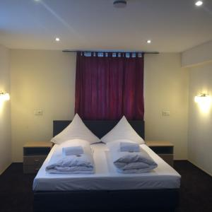 Haus Sonnenschein, Hotels  Monheim - big - 34